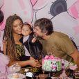 Juliana Alves é casada com o diretor Ernani Nunes, com quem tem uma filha