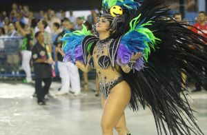 Mileide Mihaile estreia na Grande Rio com o filho, Yhudy, na plateia: 'Me apoia'
