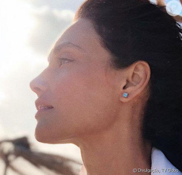 Débora Nascimento apareceu de biquíni durante viagem ao Uruguai com a filha, Bella, furto do seu casamento com José Loreto, e uma amiga