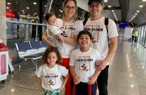 Wesley Safadão combina look com a família em viagem: 'Modo férias ativado'