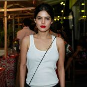 Julia Dalavia defende moda sustentável e dá 4 dicas para quem deseja aderir!