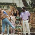 João (Rafael Vitti) será solto depois de 3 anos, mas logo se meterá em uma confusão na novela 'Verão 90'.