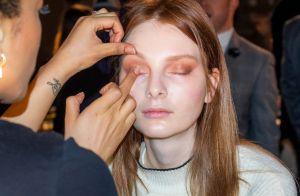 Maquiagem sem pincel e com efeito de passarela: maquiadoras dão dicas