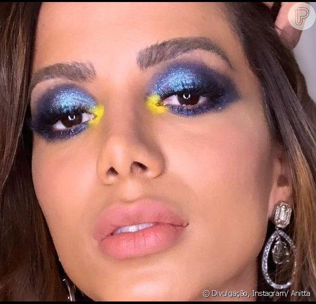 Anitta mandou recado para os fãs que divulgarem seu novo álbum, 'Kisses', antes do lançamento no Brasil. 'Qualquer rede que subir o arquivo da música, infelizmente, vai cair o perfil', disse ela em vídeo nos stories do Instagram.
