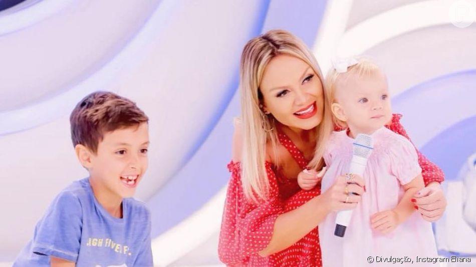 Eliana levou os filhos, Arthur, de 7 anos, e Manuela, de 1, ao palco do seu programa no SBT