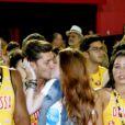 Klebber Toledo beija a linda Marina Ruy Barbosa durante os desfiles