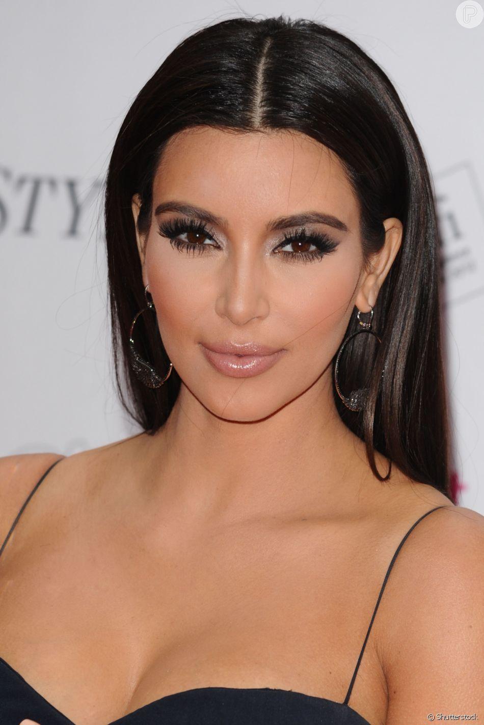 Os segredos da selfie perfeita: Kim Kardashian ama cílios