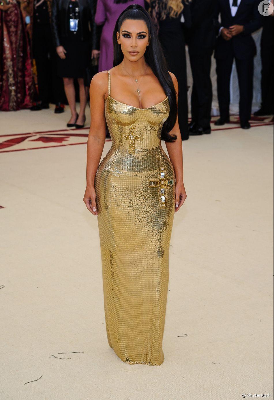 Selfie à la Kim Kardashian: maquiagem com pele perfeita