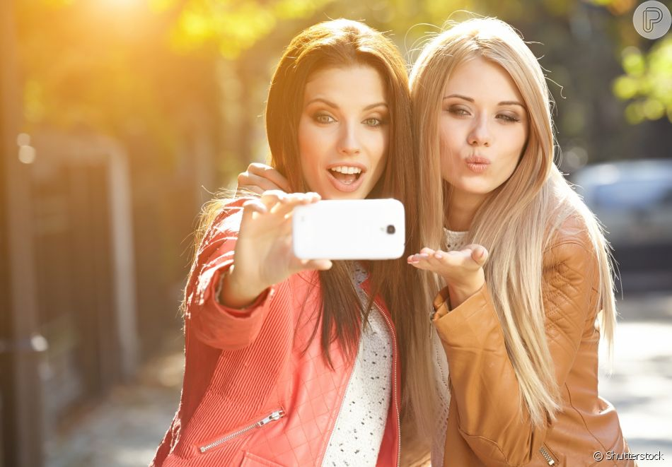 Os segredos da selfie perfeita: capriche na maquiagem