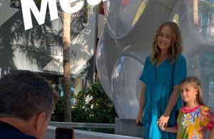 Eva, filha de Angélica e Huck, esbanja estilo em visita a museu nos EUA. Foto!
