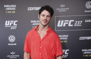 José Loreto surge sem aliança e evita falar sobre novela no UFC. Saiba mais!