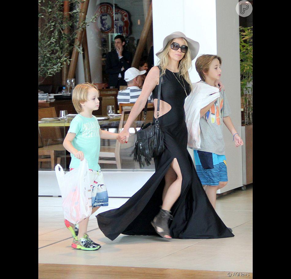 Danielle Winits também é mãe de Guy Faro, fruto de seu casamento com o ator Jonathas Faro