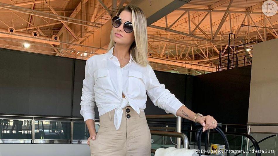 Andressa Suita elege look com trends para pegar avião nesta terça-feira, dia 21 de maio de 2019