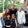 Mariana Goldfarb falou sobre os planos de dar um irmão para Sofia, filha de Cauã Reymond e Grazi Massafera: ''Quero muito ter filho. Mas vou aproveitar a vida de casada um pouquinho'