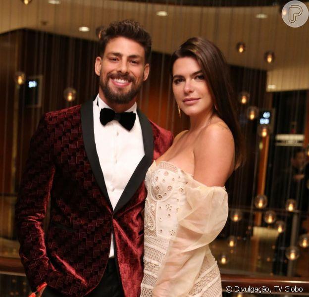 Mariana Goldfarb e Cauã Reymond não tiveram padrinhos em casamento, como modelo detalhou em entrevista neste domingo, dia 26 de maio de 2019