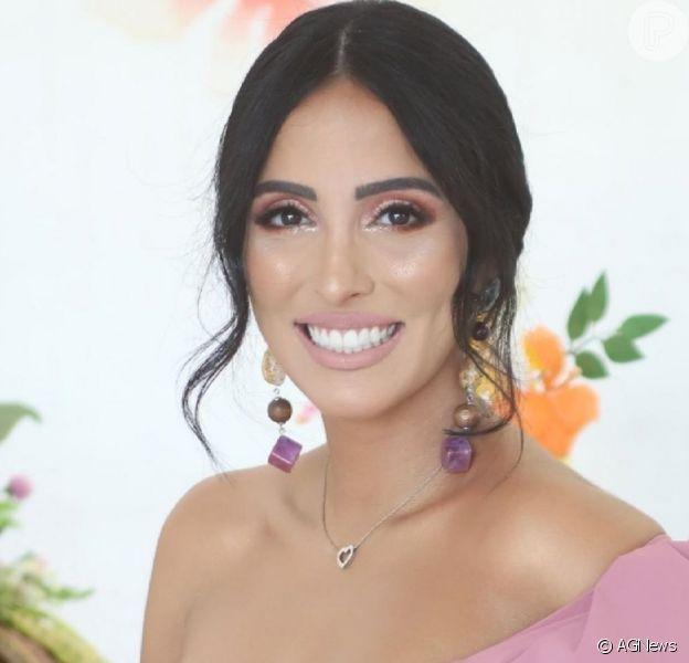 Jade Seba exibe corpo 5 dias após parto e barriga impressiona em vídeo nesta quarta-feira, dia 28 de maio de 2019