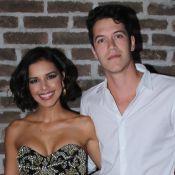 Juntos! Mariana Rios e noivo chegam abraçados em festa após suspeita de término