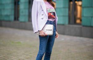 Calça jeans e camiseta: como dar estilo para o look mais comfy da moda. Fotos!