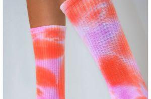 Tie dye é tendência que vai colorir seus looks de inverno