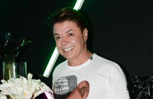 Simaria, dupla de Simone, canta e dança em aniversário de Felipe Araújo. Fotos!