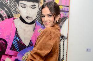 Ícone fashion! Marquezine usa look com decote romântico e exibe visual em vídeo