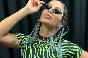 Anitta aposta em look neon e visual com tranças para show no Tomorrowland