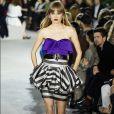 A trend está de volta e apareceu no desfile da coleção cruise 2020 da Louis Vuitton