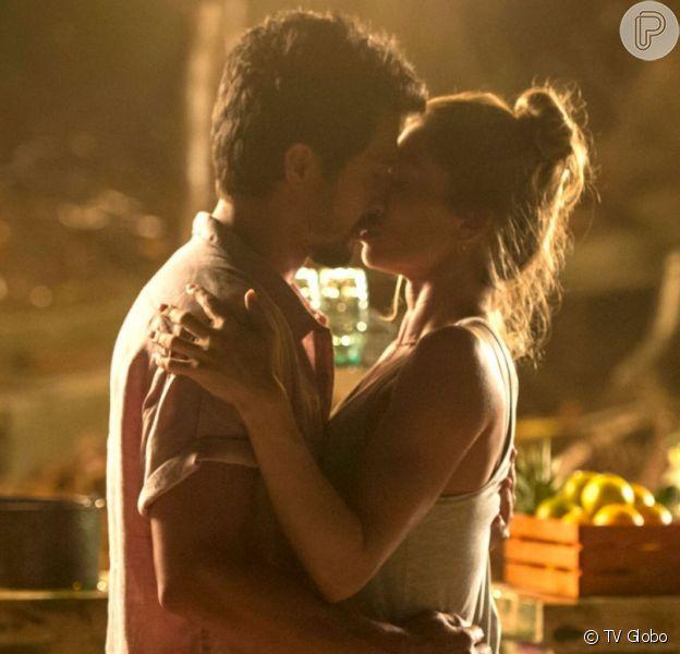 Paloma (Grazi Massafera) e Marcos (Romulo Estrela) transarão na novela 'Bom Sucesso'