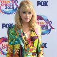 Taylor Swift e mais famosas apostaram em looks grifados para a premiação do  Teen Choice Awards neste domingo, dia 11 de agosto de 2019
