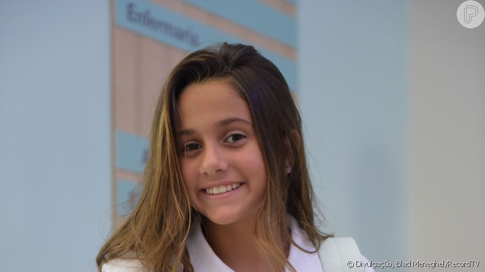 Na novela 'Topíssima', Jade (Myrella Victória) é sequestrada por um grupo contratado por Pedro (Felipe Cardoso) e ameaçada de morte a partir do capítulo de quarta-feira, 21 de agosto de 2019