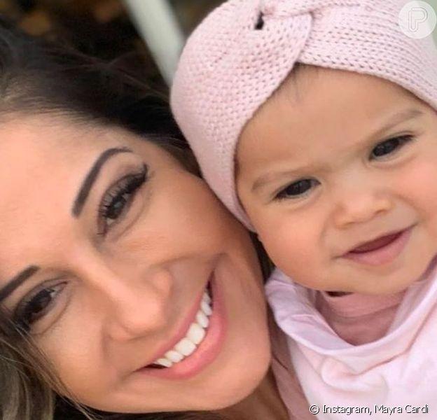 Mayra Cardi compartilhou foto com a filha, Sophia, de 10 meses, exibindo os primeiros dentinhos