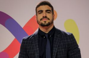 Caio Castro reage após capotar carro: 'Inteiro e feliz'. Veja vídeo do acidente!