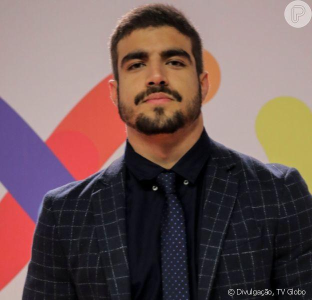 Vídeo de acidente de Caio Castro em carro impressionou e ator saiu ileso