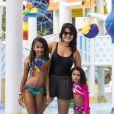 Depois, Samara Felippo posou ao lado das filhas para comemorar que tinha perdido 'mil seguidores homofóbicos'