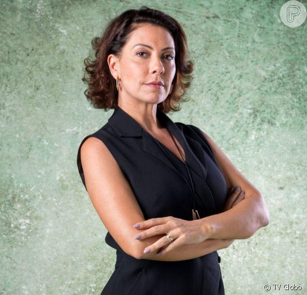 Nana (Fabiula Nascimento) implora para Paloma (Grazi Massafera) voltar a cuidar de Alberto (Antônio Fagundes) na novela 'Bom Sucesso'