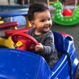 Elise, de 8 meses, foi comparada à mãe, Rosângela Jacquin, na web