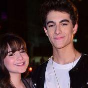 Sophia Valverde é tietada pelo namorado da coxia em show no CE: 'Te amo'. Vídeo!