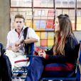 Mirela (Larissa Manoela) e Raquel (Isabella Moreira) discutem na novela 'As Aventuras de Poliana'