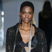Diversidade no casting e lingerie como look urbano marcam desfile de moda