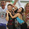 Anitta chega à quadra da Grande Rio ao lado de David Brazil, que foi coroado rei de bateria da escola de samba