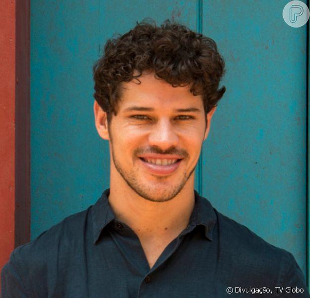 José Loreto mostrou ensaio para viver Sidney Magal nos cinemas na cinebiografia do cantor: 'Orgulho do meu bailarino'