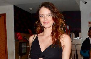 Grávida, Laura Neiva não vai incluir carne em cardápio da filha: 'Nem considero'