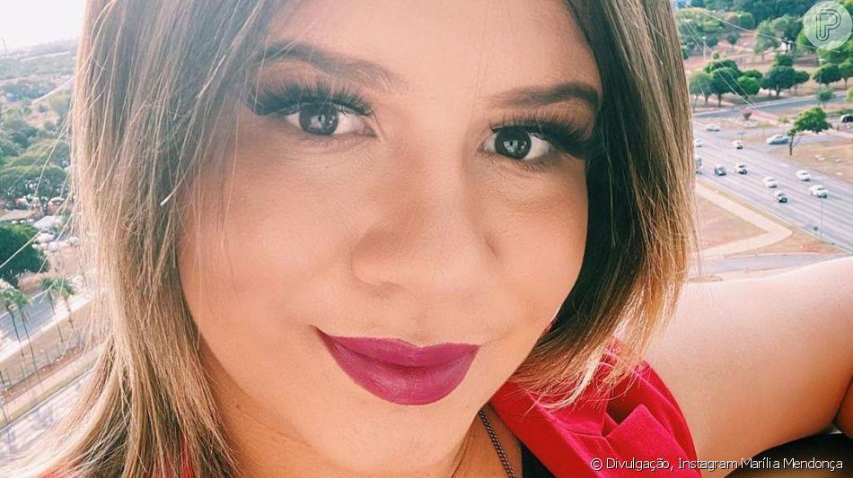 Marília Mendonça mostrou o crescimento de sua barriga de grávida neste sábado, 9 de novembro de 2019, em seu Instagram