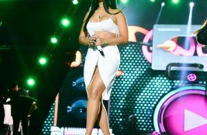 Fenda e decote: o look de Simone e Simaria em evento de música sertaneja. Fotos!