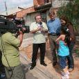 Gugu Liberato interagia com o público nas ruas em diversos quadros de seus programas