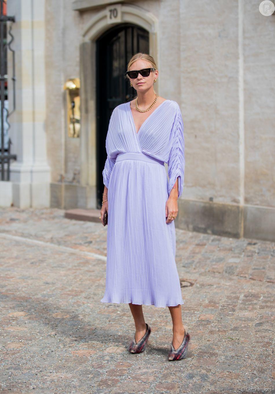 No Verão O Vestido Plissado Em Tons Pastel Como O Lavanda