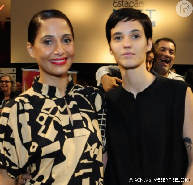 Camila Pintaga leva namorada, Beatriz Coelho, à pré-estreia do filme 'Uma garota chamada Marina', no Estação Net Gávea, zona sul do Rio de Janeiro, na noite desta segunda-feira, 02 de dezembro de 2019