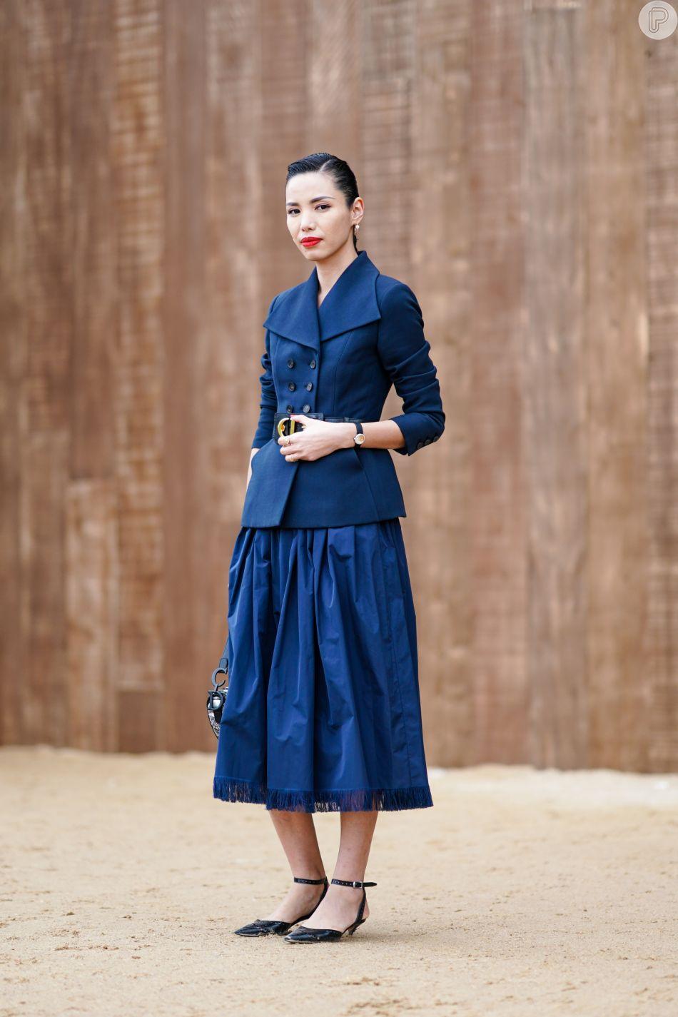 """Resultado de imagem para saia e vestido classic blue"""""""