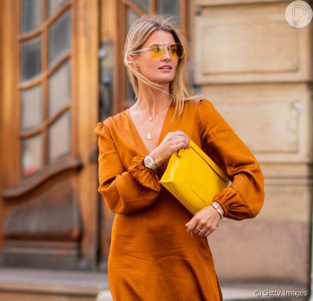 Vestido de seda: peça-chave é aposta da moda para o verão 2020 por garantir um look fresquinho, fashion e casual