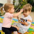 Melinda e Teodoro têm menos de 1 ano de idade de diferença entre eles